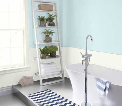 benjamin moore icy blue painted bathroom- great light blue paint for bathrooms