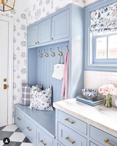 new hope gray mudroom cabinets- light blue painted cabinets by caitlin wilson design: paint color= benjamin moore new hope gray