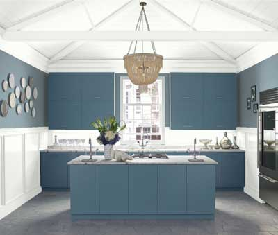 benjamin-moore-van-courtland-blue-light-blue-paint-colors-in-kitchen