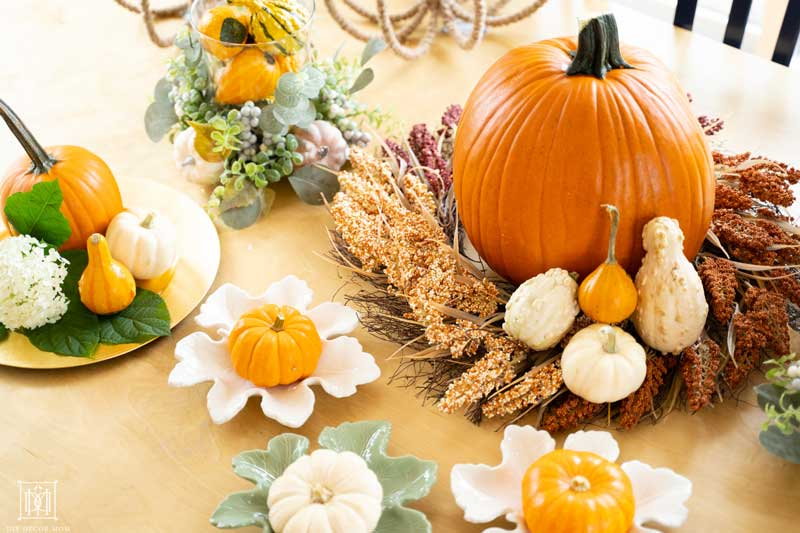 how to style a fall tablescape for autumn