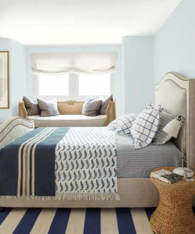 best light blue paint colors for your bedroom--benjamin moore blue veil painted walls