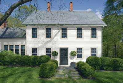 saltbox colonial with chantilly lace exterior