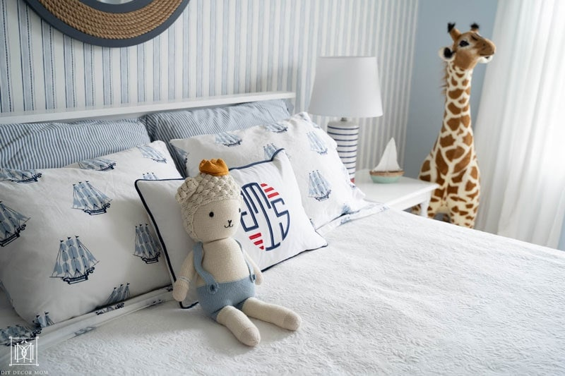 nautical sheets in little boys room