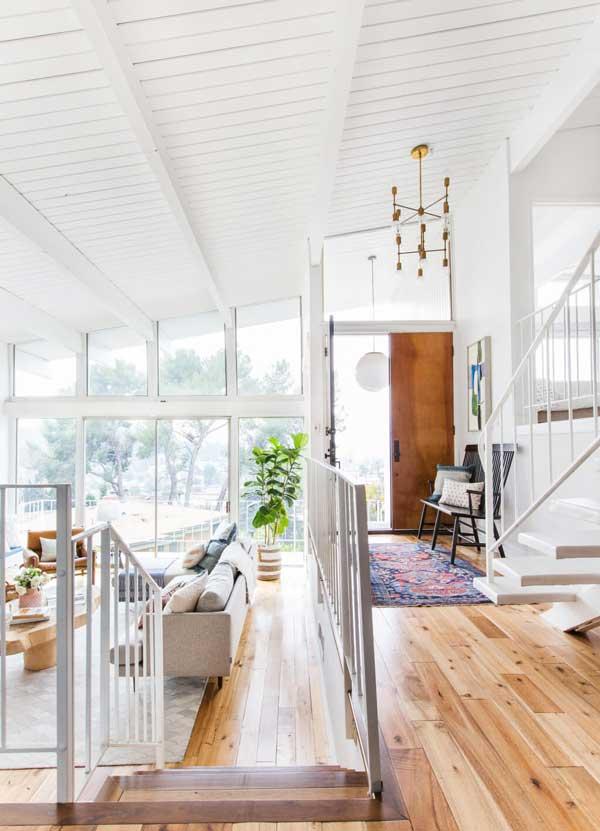 Sherwin-Williams Super White Living Room
