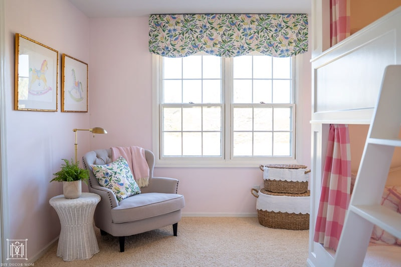 scalloped diy window valance and cornice box in pink girls bedroom with lovely decorative scalloped baskets