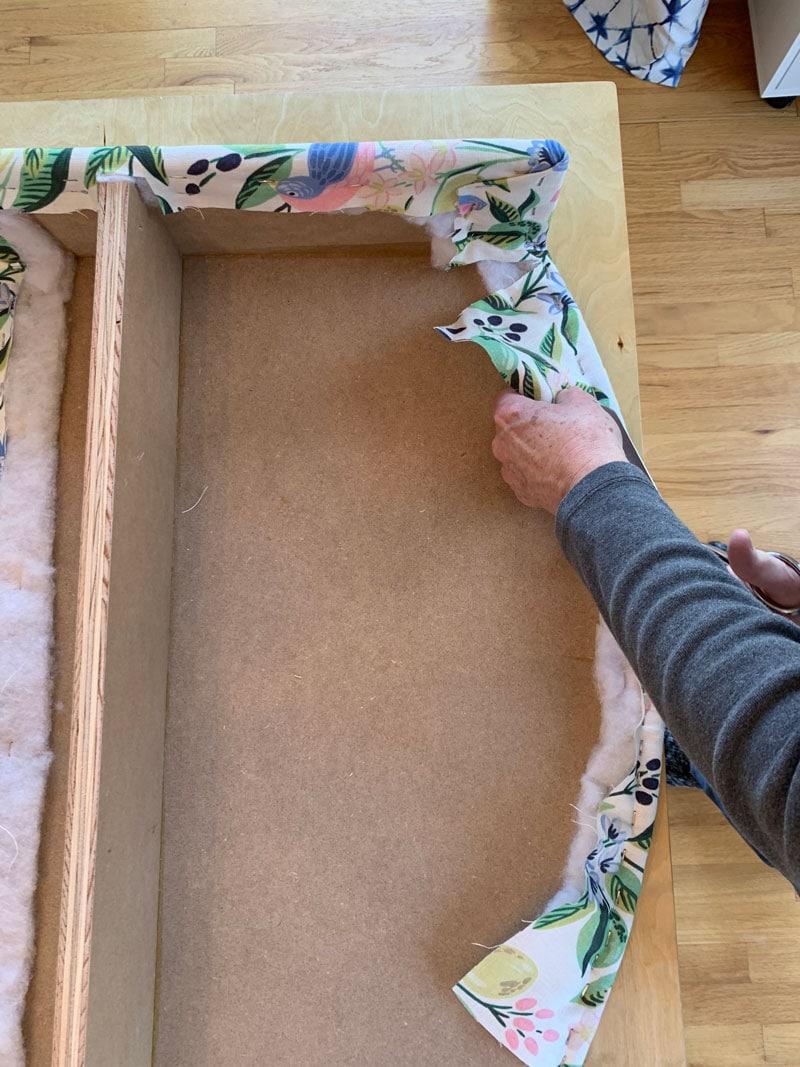 how to make a scalloped cornice board