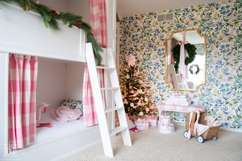 christmas bunk beds with garlands