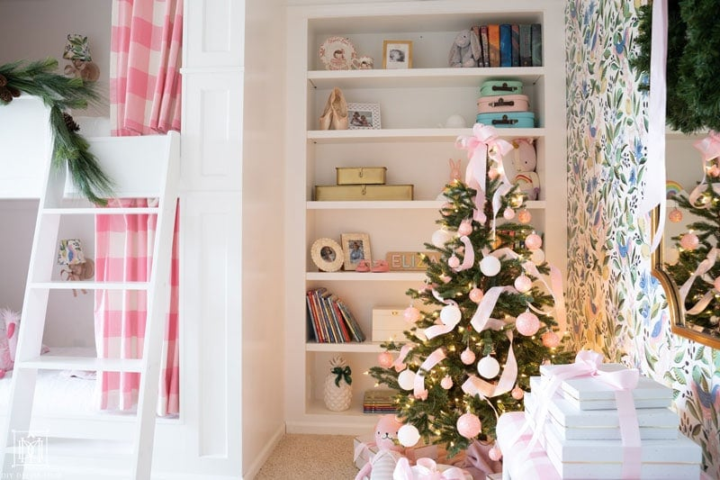girls built-in bunk beds and bookcases decorated christmas